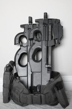 FN P90. If you don't know what those are you either don't know guns at all or you don't watch enough Stargate SG-1.