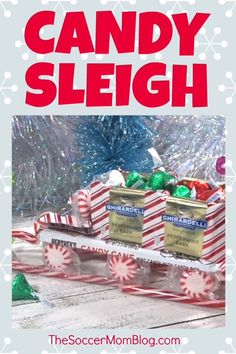 Kids will love this cute candy sleigh made from their favorite Christmas treats! Makes a super cute DIY Christmas gift idea! Christmas Gift Videos, Christmas Candy Crafts, Diy Gifts For Christmas, Handmade Christmas Crafts, Christmas Towels, Christmas Goodies, Christmas Balls, Christmas Fun, Holiday Crafts