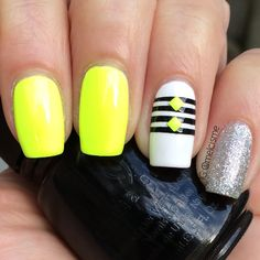 Super bright summer nails