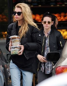 Kristen Stewart and girlfriend Stella Maxwell at Lassens Natural Foods & Vitamins in Los Feliz on January 4, 2017