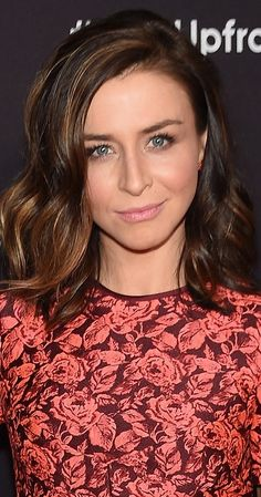 Caterina Scorsone has been a professional actress since the age of eight when sh… - Beatiful Hairstyle Cut And Style, Cut And Color, Amelia Greys Anatomy, Hair Inspo, Hair Inspiration, Caterina Scorsone, Fall Hair, Pretty Hairstyles, New Hair