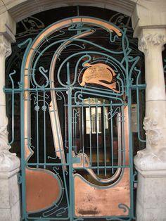 Le fameux Castel Béranger rue Lafontaine