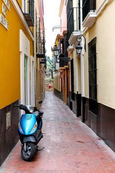 The narrow streets of Seville is just magical!   devourspain.com