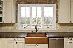 antiquewhitecabinets in kitchen | Honey Colored Cabinets with Revelation Bordeaux Granite: The warm ...