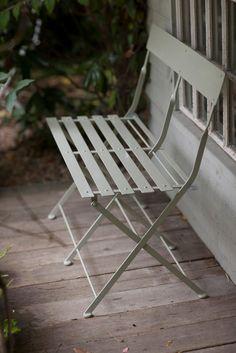 folding bistro bench.