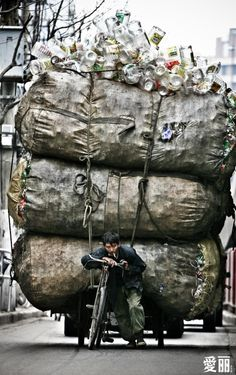 Şangay..çöp Toplayıcı, 2011by Shen Yu