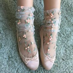Life is too short to wear boring tights | lirika.matoshi