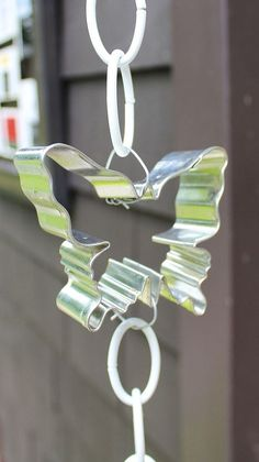 Hometalk :: DIY Cookie Cutter Rain Chain