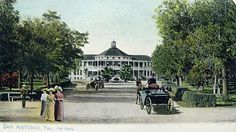 An undated post card of the Hot Wells Resort and Spa. San Antonio, Texas