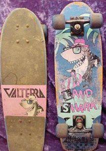 Vintage shark with skateboard 90s ZD9bwWYU