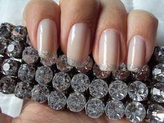 novidades nail art unha francesinha com glitter