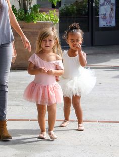 Kourtney Kardashian Photos - Kourtney Kardashian Takes Penelope and North West to Ballet - Zimbio