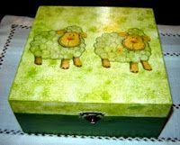 ABruxinhaCoisasGirasdaCarmita: Caixa com ovelhinhas (decoupage)