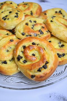 Galette, Croissant, Tupperware, Bagel, Bread, Recipes, Pains, Food, Dessert