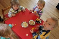 Suncatchers with the Toddler Art Group - The Artful Parent