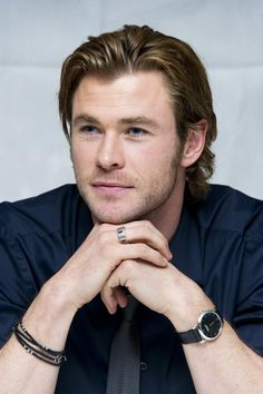 Chris Hemsworth | I adore men who wear funky jewelry.