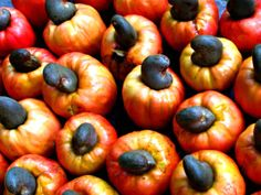 "cashews: although When buying ""raw cashews"" in the store, take note that these nuts have actually been steamed and are not entirely raw. This is because raw cashews contain urushiol, which is the same chemical that you'd find in poison ivy.    Read more: http://www.toptenz.net/top-10-toxic-foods-we-love-to-eat.php#ixzz2RA9Iit00"