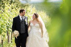 """""""Es war uns einfach extrem wichtig, dass die Fotos die Emotionen eins zu eins übertragen und das ist euch wirklich gelungen. Das gemeinsame Shooting war so gechillt und zwanglos, das merkt man natürlich. :) Wir sind einfach nur glücklich, dass ihr Beide uns begleitet habt. Ich hoffe ihr hattet mit uns genau so viel Spaß wie wir mit euch!"""" . Das war ein Auszug des Feedback, was wir von Lisa & Max bekommen haben.  Photo&Copyright: Barbara Wenz Wedding Photographer Austria Beide, Portrait, Lisa, Photoshoot, Wedding Dresses, Ideas, Faith, Simple, My Wife"""