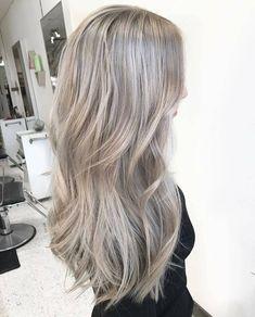 Cabelo mechas blond Muito loiro Loiro claríssimo Cabelo longo Corte camadas