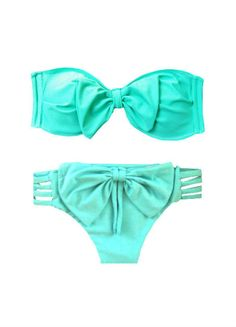 Love this bow bikini