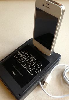 Star Wars game upcycled into an iPhone charging dock.