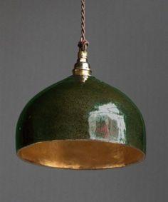 "Best 12 Lampe toque, les ""Suspentes Keaton"" by Béatrice Markovitch. Diy Luminaire, Best Desk Lamp, Mid Century Lighting, Tiffany Lamps, Bedroom Lamps, Lampshades, Lamp Design, Colorful Interiors, Light Fixtures"