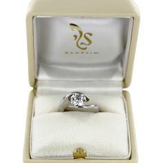 Diamantring Seville aus Platin 950 mit einem 1,7-karätigen Diamanten im Brillantschliff
