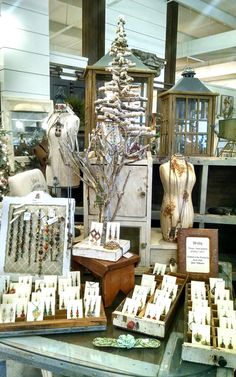 My trunk show setup at Harrison House Market in Springfield, MO Boutique Jewelry Display, Diy Jewelry Hanger, Jewelry Holder Wall, Jewelry Booth, Jewelry Armoire, Earring Holders, Craft Fair Displays, Market Displays, Merchandising Displays