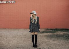 $99 Over The Knee Boots   Stuart Weitzman Lowland Dupes   affordable fashion   affordable boots   OTK boots   Over the Knee boots   black dress   boho style   boho outfits   fall outfit   fall fashion   fall hat