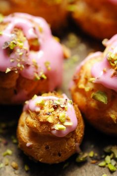 Bollywood chouquettes, (rose and pistachio flavoured chouquettes).