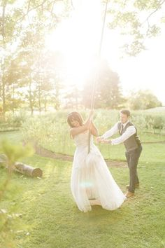 Romantic destination wedding in France