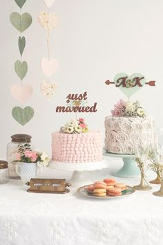 Love the idea of doing two separate cakes on separate stands instead of a tiered cake and these two in particular are so cute.