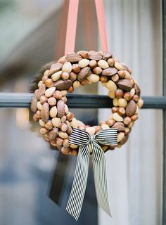 Beautiful Mother And Acorn Wreaths For A Natural Fall Decor autumn has come and we should welcome it with various cool decorations, under which a wreath is perh. Free Christmas Gifts, Christmas Photos, All Things Christmas, Christmas Holidays, Christmas Ideas, Xmas, Holiday Wreaths, Christmas Tree Decorations, Holiday Decor