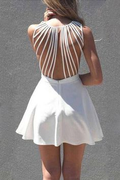 White Sleeveless Dress with Lattice Open Back - 9 Lovely Beach Dresses to Wear This Summer . Fashion Foto, Cute Fashion, Look Fashion, Dress Fashion, Fashion Details, Fashion Clothes, Fashion Blogs, Indie Fashion, Dress Clothes