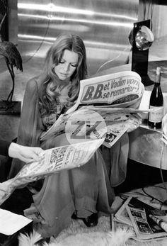 BRIGITTE BARDOT Presse Scandale BB People Vin Beaujolais DON JUAN 73 Photo 1972 | eBay