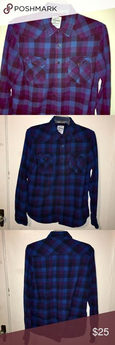 Flannel Purple & Blue Button Down Men's Shirt Brand:  Legendary Goods Condition:  This item is in Good Pre-Owned Condition! There are NO Major Flaws with this item, and is free and clear of any Noticeable Stains, Rips, Tears or Pulls of fabric. Overall This Piece Looks Great and you will love it at a fraction of the price!  Material:  100% Cotton  Size: Small  💥Top Rated Seller 💥Top 10% Sharer 💥Posh Mentor 💥Super Fast Shipper Legendary Goods Shirts Casual Button Down Shirts