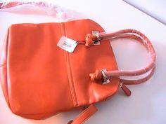 Lady, Madewell, Purses And Bags, Tote Bag, Fashion, Moda, Fashion Styles, Totes, Fashion Illustrations