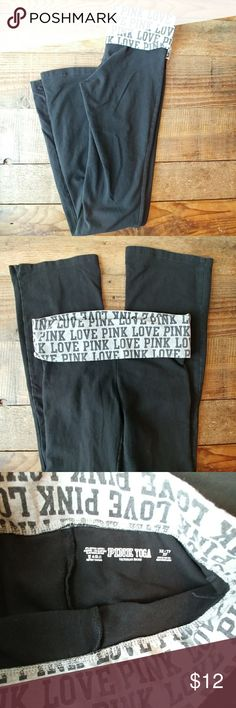 PINK Victoria's Secret yoga pants black SZ XS Very cute black PINK Victoria's Secret yoga pants in great used condition. Size XS. PINK Victoria's Secret Pants