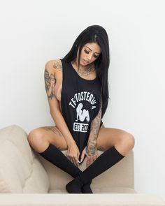 Luana Guedes é a Testosterona Girl de julho, clicada por Ari Teles. Veja mais fotos do ensaio no Blog.