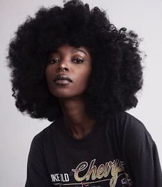 Lovely Afro hairstyles On-trend now Black Girl Magic, Black Girls, Pretty People, Beautiful People, Curly Hair Styles, Natural Hair Styles, 4c Natural Hair, Pelo Afro, Hair Reference