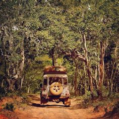 Off the beaten track in Zambia #landrover #offroad #adventure