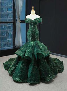 Gorgeous Prom Dresses, Pretty Dresses, Fancy Prom Dresses, Crazy Dresses, Royal Dresses, Mermaid Evening Dresses, Evening Gowns, Green Evening Dress, Ball Dresses