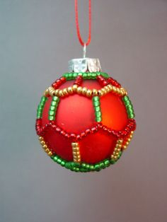 Mini Beaded Christmas Ornament Cover Pattern by TheOrnamentalLady