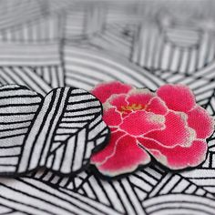 Nice contrast for these earrings by les Botanes (work in progress)#earring# peonie# flowers#pink#black#white#fabric#accessories#japan#graphic#handmade#tokyo