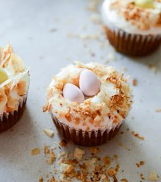 banana carrot cupcakes with cream cheese frosting