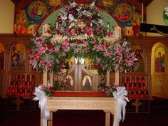 Beautiful Kouvouklion decorated to carry the Epitaphios.this is the tradition I grew up with in the Greek Orthodox church, where people decorate the icon of the body of Christ ready for burial, with flowers! Church Christmas Decorations, Christmas Tree, Holiday Decor, Orthodox Easter, Greek Easter, Church News, Church Flowers, Holy Week, Floral Arrangements