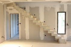 escalier béton en crémaillère tournant