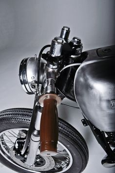 ♂ Masculine & elegance car details apostrophe...silver motorcycle