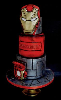 Iron man - cake by Delice Avengers Birthday Cakes, Superhero Birthday Cake, Birthday Cakes For Men, Cakes For Boys, Pastel Iron Man, Iron Man Party, Ironman Cake, Iron Man Birthday, Marvel Cake