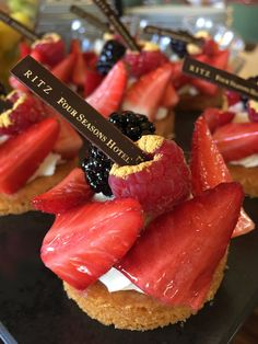 Four Seasons Hotel Ritz Lisbon | The Cherry Is On My Cake